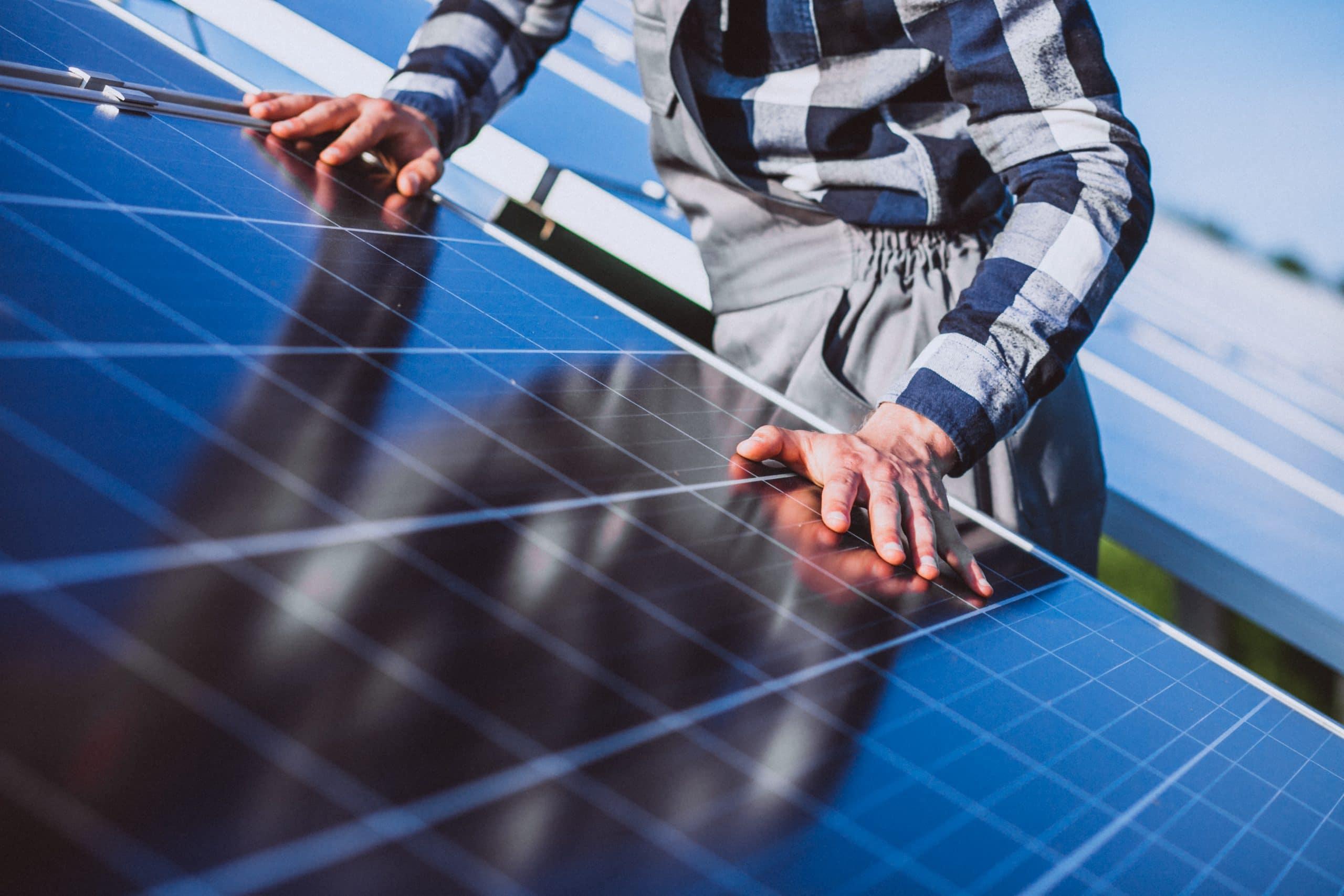 ¿Por qué instalar paneles solares en tu casa o empresa?
